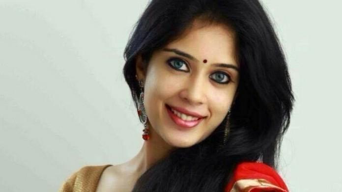 parvathy ratheesh enters wedlock