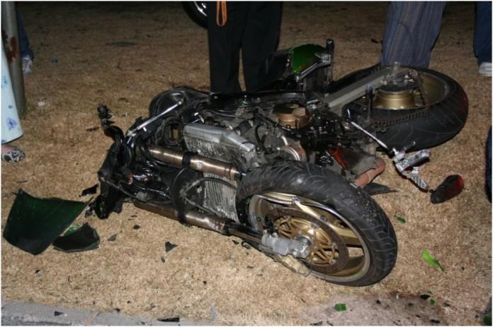 kollam bike overturned palakkad native killed