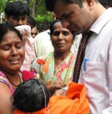 Dr kafeel gets suspension as reward for saving lives of children Gorakhpur