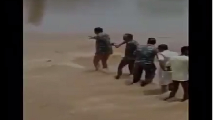 Locals and policemen formed human chain to rescue man