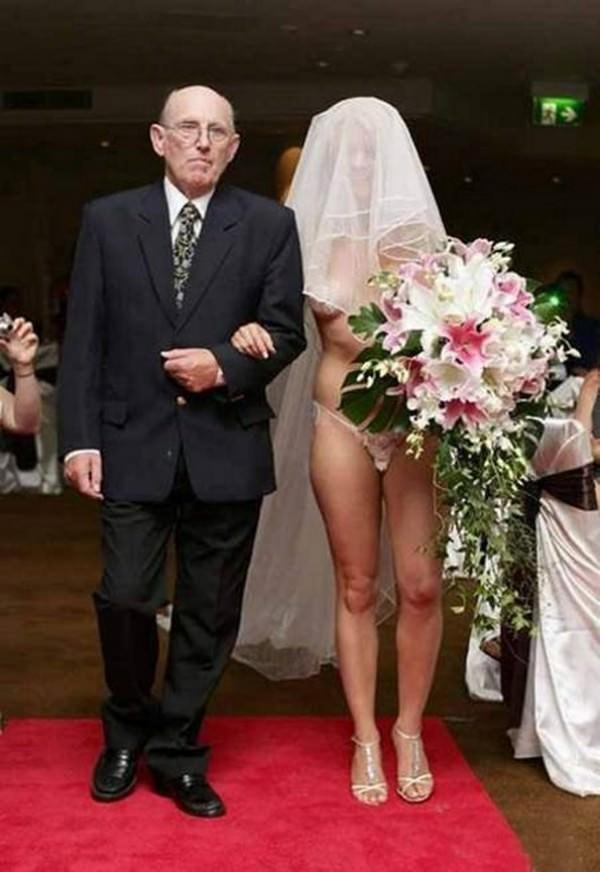 Weird-wedding-dresses-9-ilively.com_