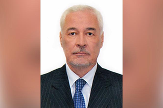 Russian ambassador found dead in swimming pool