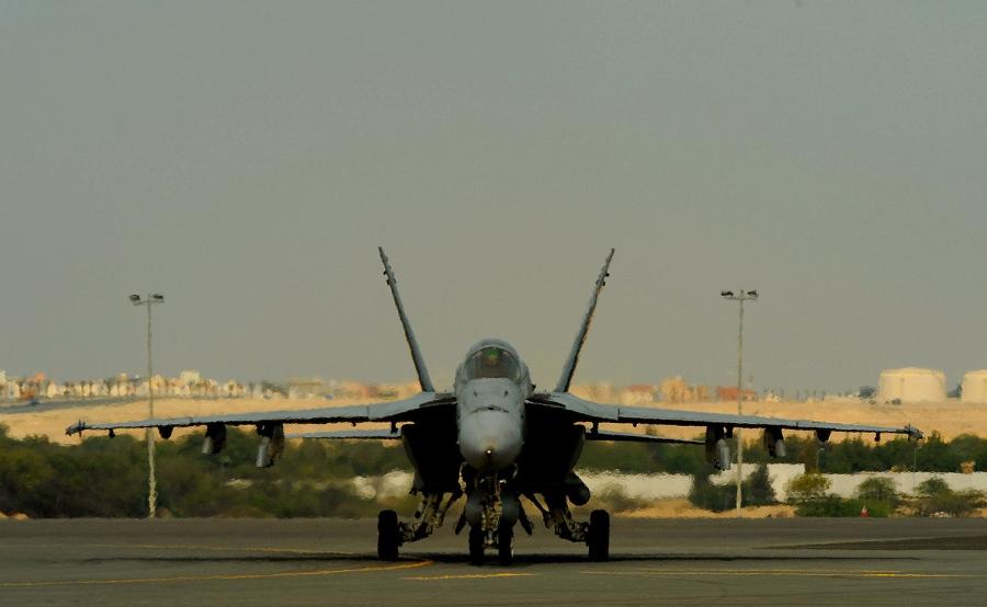 american fighter plane crash landed at behrain