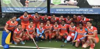 women hockey team
