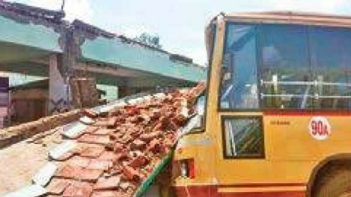 bus stand collapsed at TN