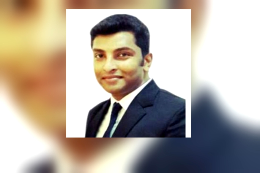 assistant police suprintendant caught during copying in IAS exam