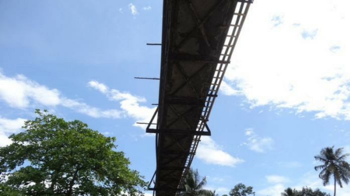 bridge to KMML factory collapsed KMML factory bridge collapsed one killed