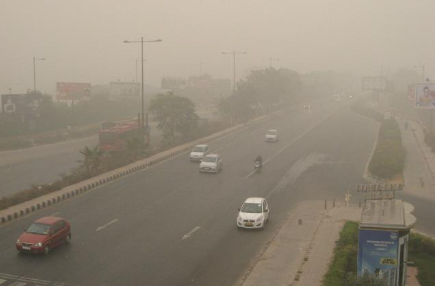 diesel generators banned in delhi Delhi Air Pollution No Odd Even on Monday