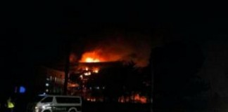 Fire rips through Cameroon parliament