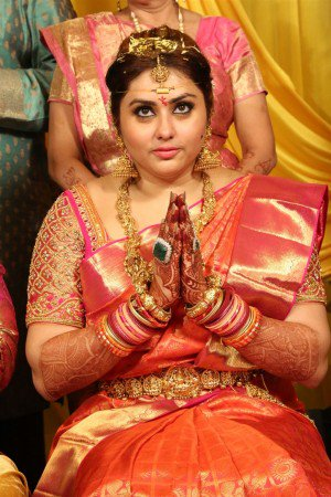 namitha-wedding-photos-stills-photos-pictures-15