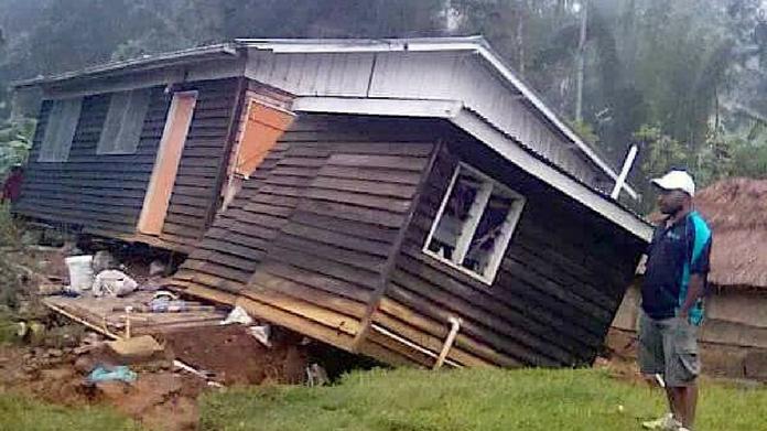 Papua New Guinea earthquake 15 dead
