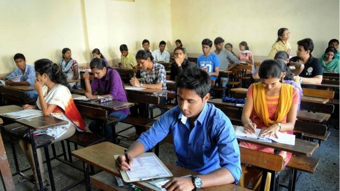 can write railway recruitment exam in malayalam