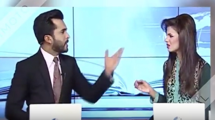 news anchors quarrel during bulletin