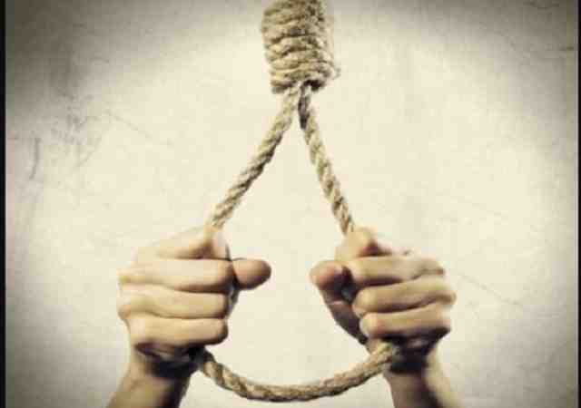 suicide four of a family found dead in kottayam