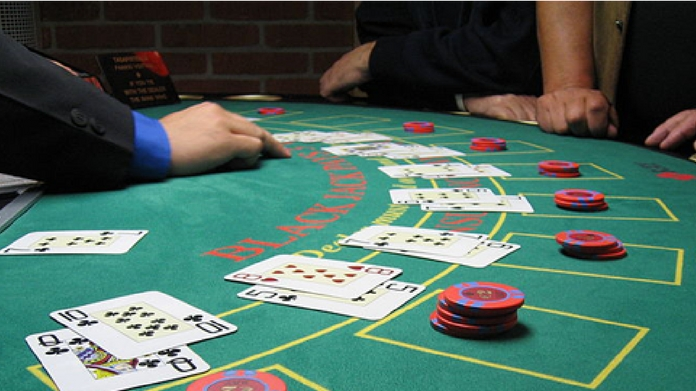Man loses wife and 2 kids in gambling