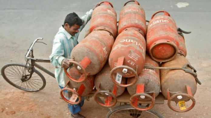 gas cylinder price slashed