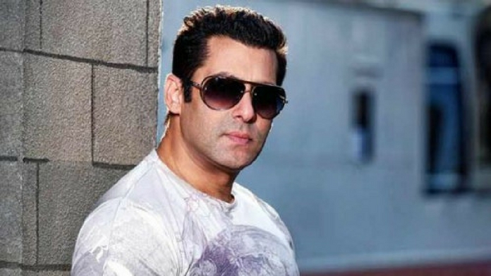 salman khan case offers 2 lakhs to beat salman khan