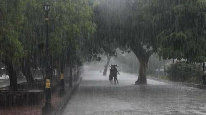 heavy rain may hit kerala today