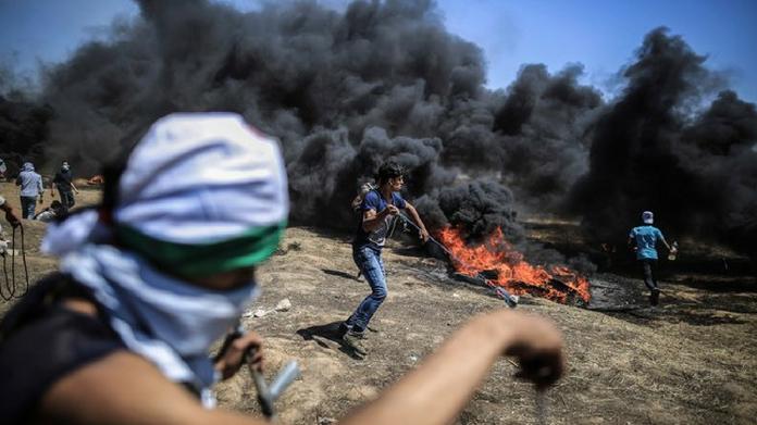 israel kills dozens at gaza border