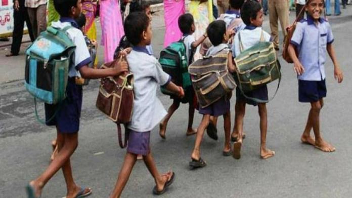 school reopening date in kozhikode and malapuram postponed