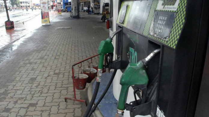 slight decrease in petrol diesel price in kerala