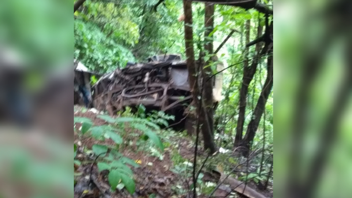 bus accident in maharshtra 33 dead