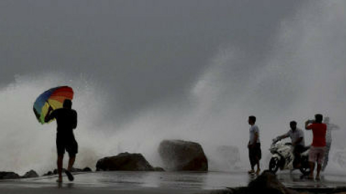chances of strong wind in kerala coast