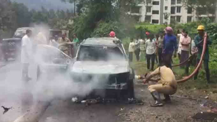 vythiri running car caught fire