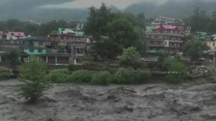 30 malayalees trapped in Himachal Pradesh