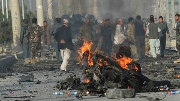kabul suicide attack killed 32