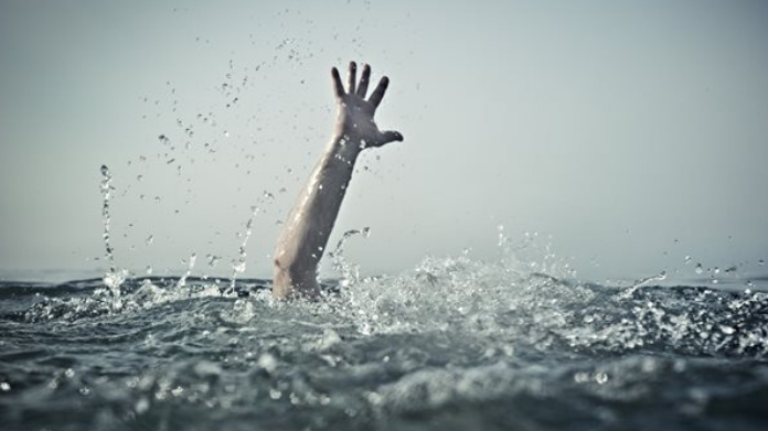 thrissur father and son drowned