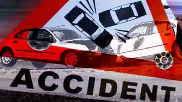 car and lorry accident in nilambur one dead