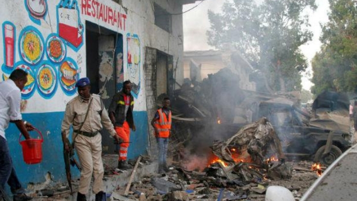 double suicide bombing in somalia killed 16