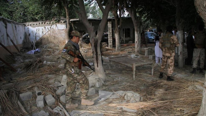 suicide bomb attack in afghan killed 13