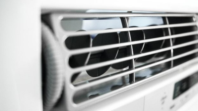 three choked to death after leaving ac on