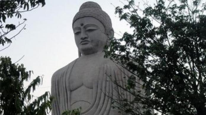 80 ft long budha statue in gujarat