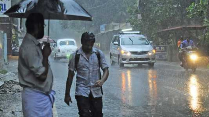chances of heavy rain in kerala orange yellow alerts declared