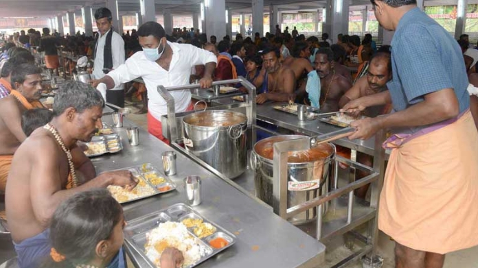 rss organization to take over the charge of annadanam in sabarimala