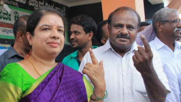voting began in karnataka election 2018