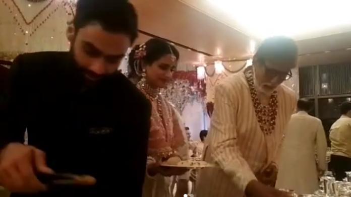 bollywood actors served food in isha ambani wedding