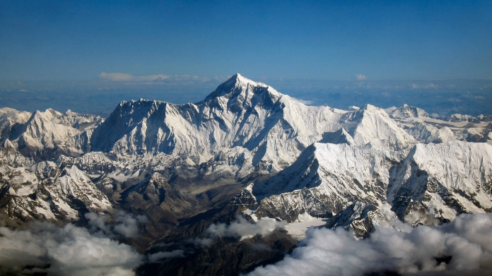 chances of massive earthquake in himalayan region