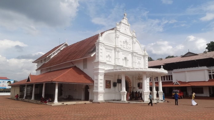 will not interfere in kothamangalam church issue says court