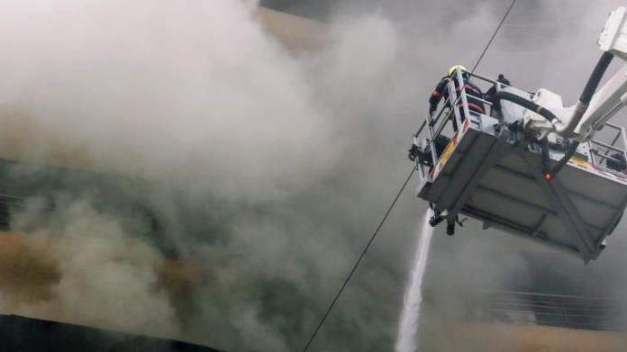 major fire broke out in mumbai hospital 5 dead