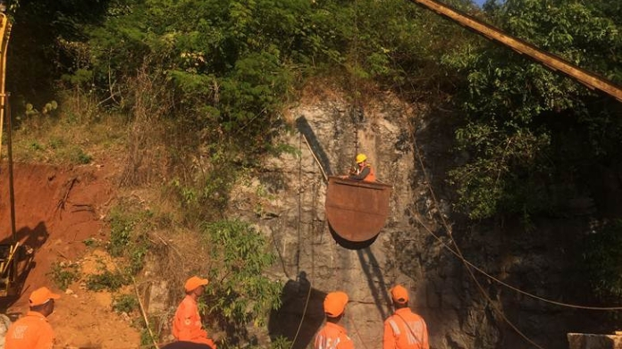 sc asks to continue rescue process in meghalaya coal mine accident