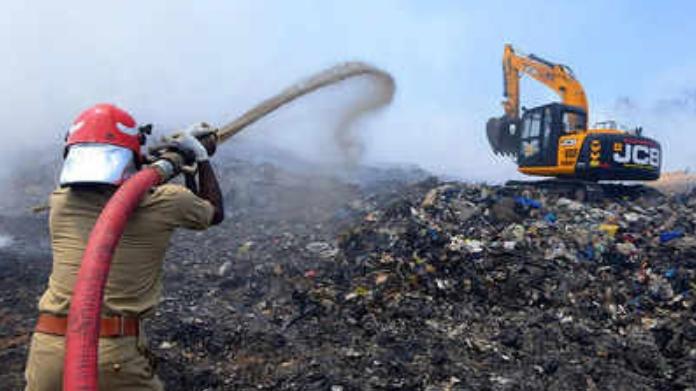 https://www.twentyfournews.com/2019/02/24/brahmapuram-plant-fire-doused.html