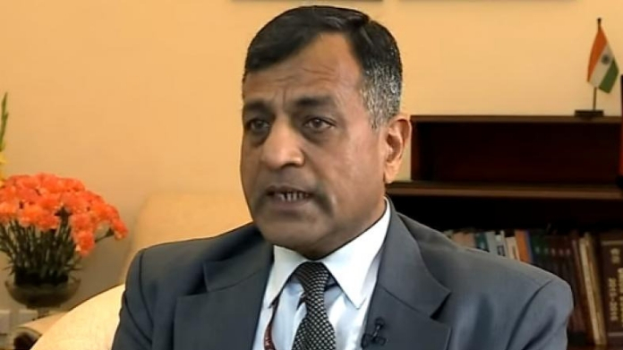 ashok lavasa to mark his disagreement in giving clean chit to narendra modi