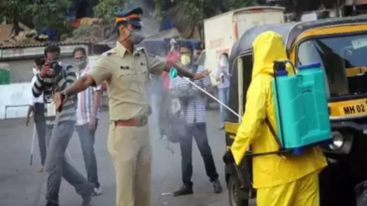 55 policemen confirmed corona within 24 hours maharashtra