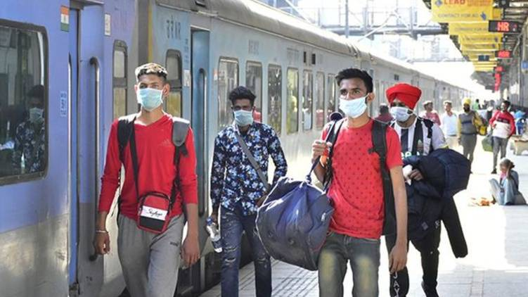 Train passengers,  arrive, half an hour early,  other state travel,  Medical certificate
