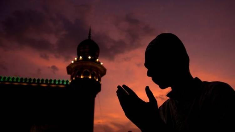 kerala celebrates eid ul fitr tomorrow