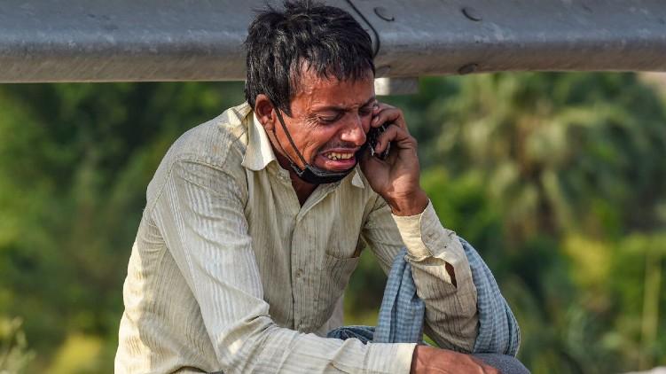 man sobbing photo story